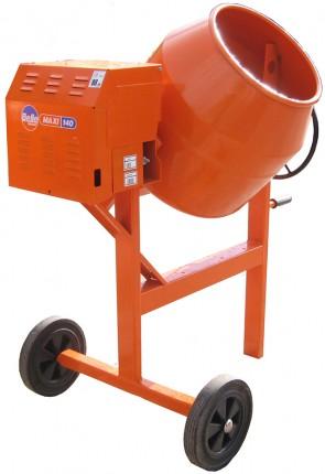 An extra heavy duty upright mixer maxi 140 Honda